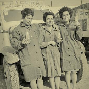 39 mujeres y trabajo inseparables a lo largo de la historia for Trabajo en vitoria gasteiz