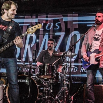 Los Brazos y The Goldphones en Vitoria-Gasteiz